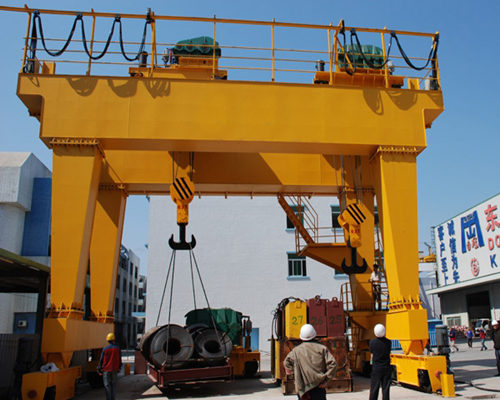 easy operated gantry crane for sale