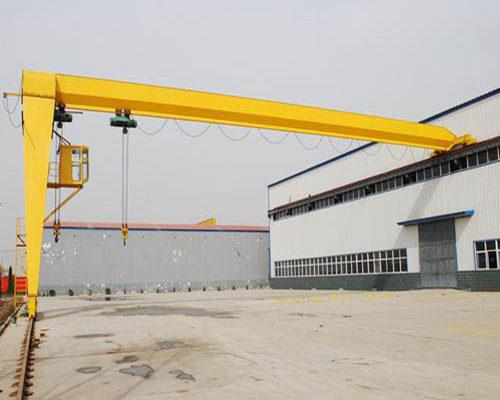 gantry crane used in workshop