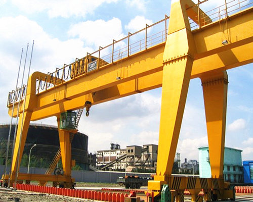 A mode double girder gantry crane with hook for sale
