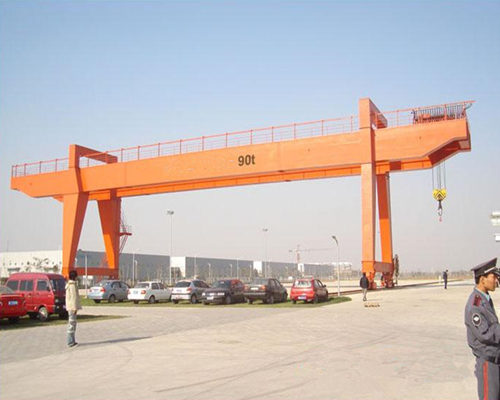 Amazing engineering gantry crane design