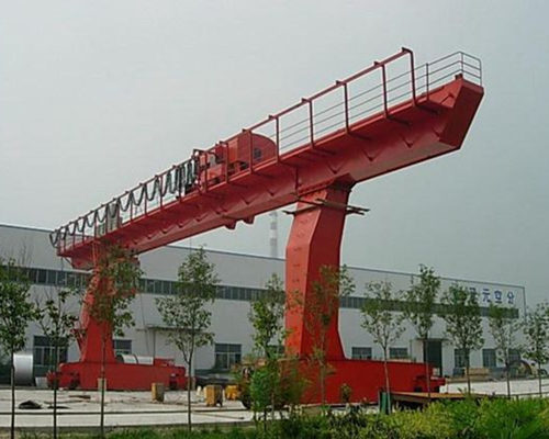L type gantry crane with cantilever for sale